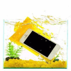 Capa-Aquatica-Universal-Amarela-
